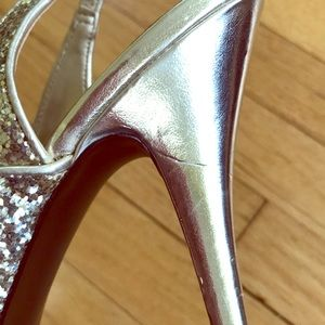 Guess Shoes - Guess Sparkly Peep Toe Heels Stunning!🎉🎊🥰